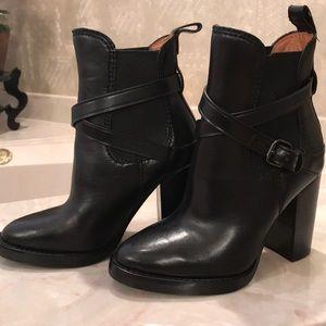 COACH BLACK LEATHER BOOTIES - Never been worn